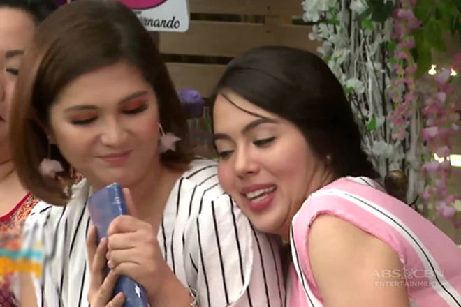 Dimples' touching gift for Julia