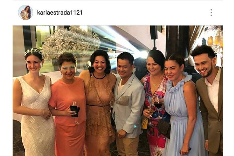 LOOK: Momshie Karla enjoying Balesin with friends