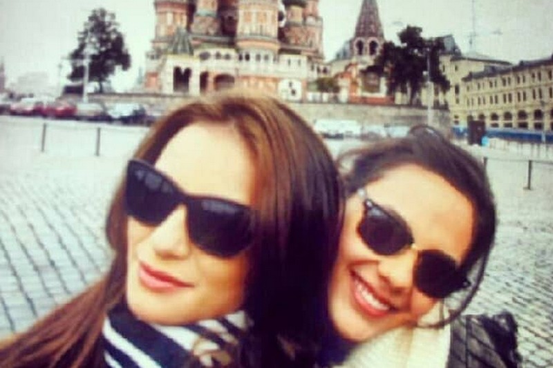 """LOOK: 24 Photos of Catriona Gray with her long lost """"Twinnie"""""""