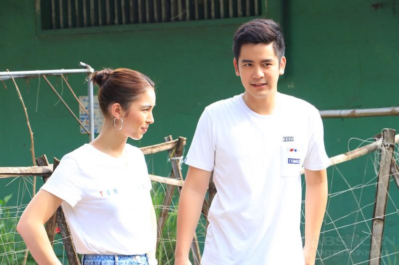 PHOTOS: Joshua's homecoming in Batangas with Julia