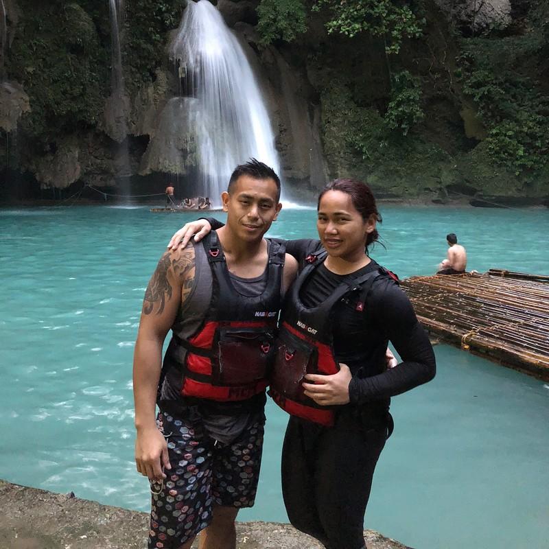 Mga litratong nagpapakita na winner din sa love life ang Asian Games Gold Medalist Hidilyn Diaz