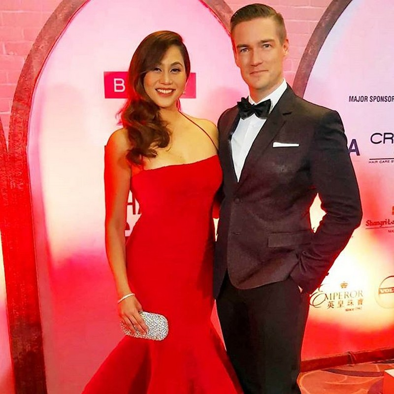 23 sweet photos of Cristalle Belo with her forever date