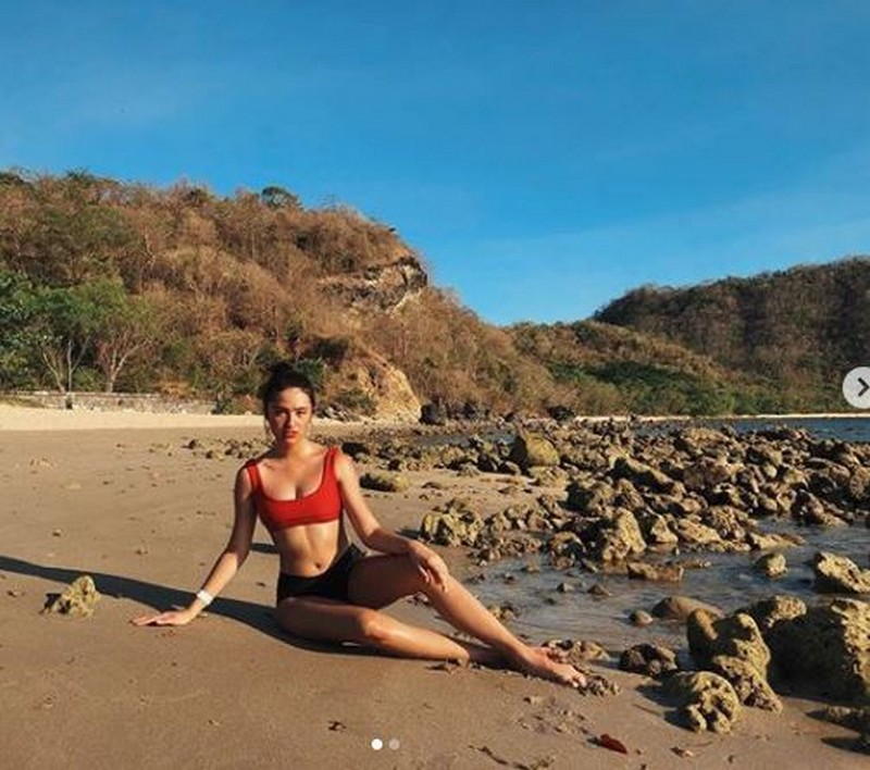 LOOK: Sunshine Cruz' daughters set the online world ablaze with their swimsuit photos!