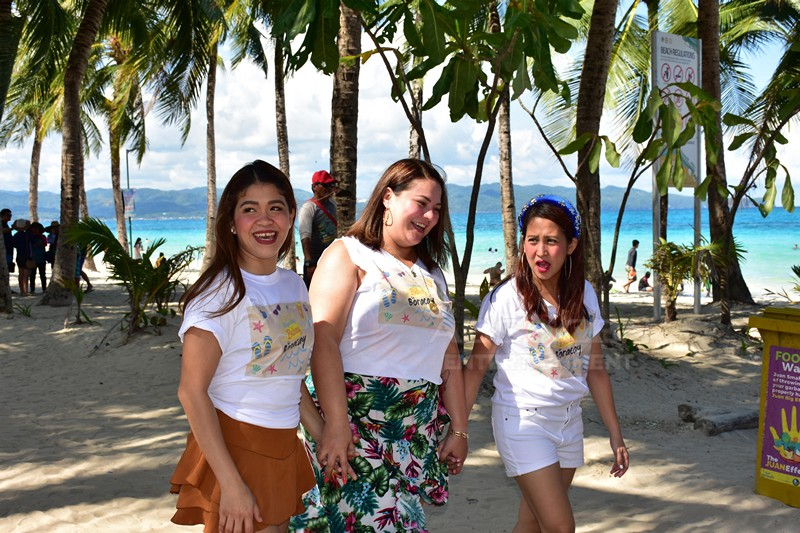 #TresIsBEST: Magandang Buhay 3rd anniversary in Boracay Day 1