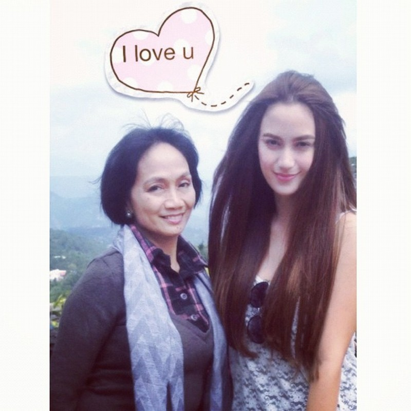 LOOK: Rare moments of Arci Muñoz with her mom
